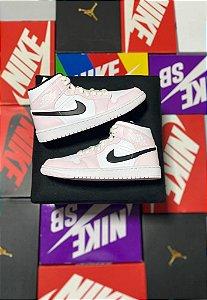 Air Jordan 1 Mid Pink Black