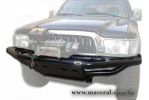 Para-Choque Tubular Dianteiro Com Mesa De Guincho 2002/2004 Toyota Hillux