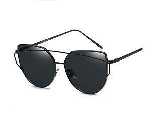 Óculos de Sol Feminino Recortes - Preto com Lente Preto