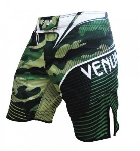 Bermuda Venum Camo Hero Fight - VERDE