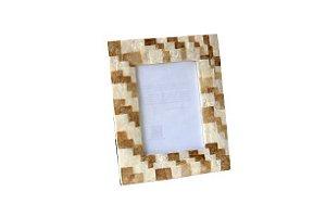 Porta Retrato em Madrepérola Natural e Dourado 10x15