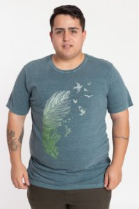Camiseta Plus Size Pena