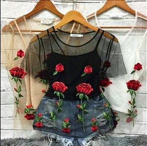 Blusa Tule Rosas