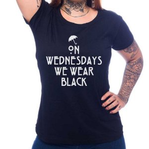 Camiseta Feminina We Wear Black - Preto - GG