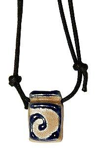 Colar Aromatizador Pessoal de Cerâmica - Poliedro