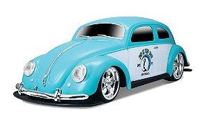 Carro de Controle Remoto Volkswagen Beetle Fusca 1951 - 1:10 - 27MHz - Maisto