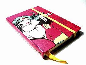 Caderneta DC Mulher Maravilha Power