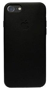OFERTA! Capinha masculina para iPhone 7 Preta - Silicone Flexivel