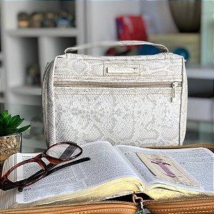 Bolsa para Bíblia em Estampa Cobra na cor Branca