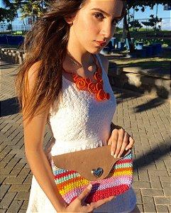 Clutch crochet colorida coração