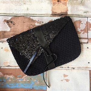 Clutch de Crochet Paetê Preta