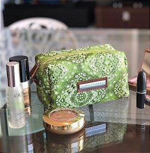 Necessaire para Maquiagem Estampa Verde Bandana