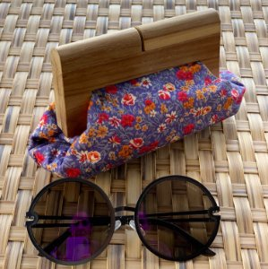 clutch vovó madeira estampa floral