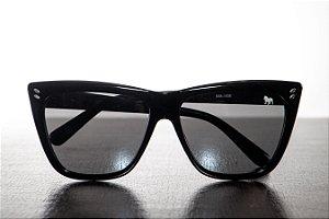Óculos de Sol Retrô - Feminino - Preto