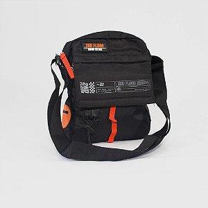 Bolsa Ellus Second Floor Crossbody Utilitary Mini Bag
