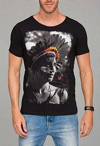 Camiseta Red Feather Índio Masculina Preta