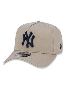 Boné NEW ERA ABA CURVA AJUSTÁVEL MLB NEW YORK MARROM CLARO