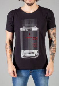 Camiseta Red Feather Happy Pills Masculina