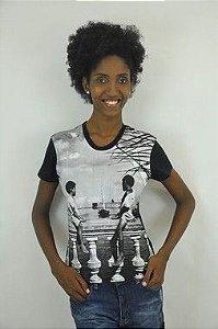 Camiseta Baby look garotos balaustrada preta P