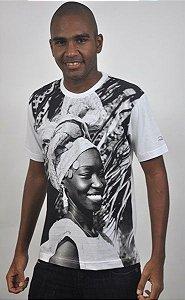 Camiseta Básica Africana