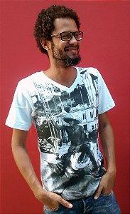 Camiseta Básica Gola V Porto de Saveiros