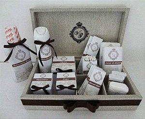 Caixa Para Kit Toalete Em Linho + Rótulos Personalizados