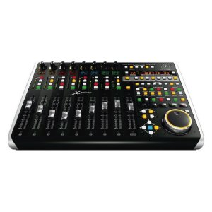 Controlador MIDI/USB X-TOUCH-COMPACT - Behringer
