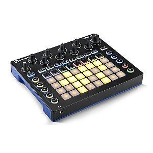 Sintetizador MIDI USB - CIRCUIT - Novation