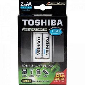 Carregador de Pilha USB p/2 pilhas AA/AAA min.2.000 mAh c/2 pilhas TOSHIBA
