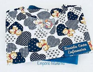 Pijama Cirúrgico - Gola V - Manga Japonesa - Blusa estampada urso 01 - Cor da calça opcional