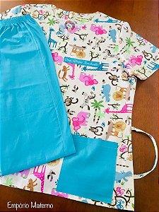 Pijama Cirúrgico Manga Curta - Gola V - Blusa estampada Safari 02 - Cor da calça opcional