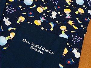 Pijama Cirúrgico - Gola V - Manga Japonesa - Blusa Estampada Pequeno Príncipe - Cor da calça opcional