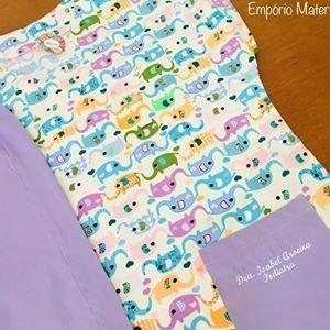 Pijama Cirúrgico - Gola V - Manga Japonesa Blusa Estampada Elefantes 01 - Cor da calça opcional
