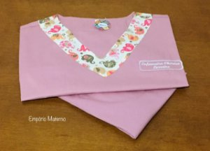 Pijama Cirúrgico - Gola V - Manga Japonesa - Liso rose queimado com detalhes estampados - LEIA A DESCRIÇÃO