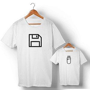 Kit Disquete Interface Camiseta Branco Camiseta Unissex e Camisetinha Infantil