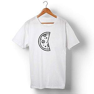 Camiseta Unissex Pizza Dois Pedaços Branca
