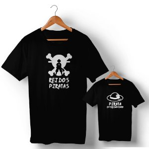 Kit Rei dos Piratas e Pirata em Treinamento Preto Camiseta Unissex e Camisetinha Infantil
