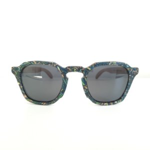 Óculos de madeira masculino Moema- Resíduo de madeira