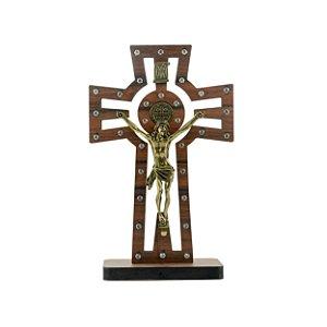 Crucifixo de mesa Madeira c/Medalha de São Bento c/Strass
