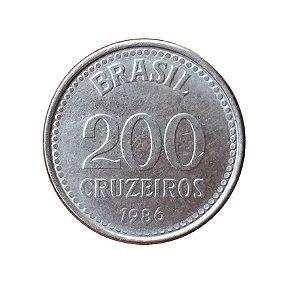 Moeda Antiga do Brasil 200 Cruzeiros 1986
