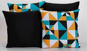 Kit com 4 Capas Para Almofadas Decorativas Estampa Preta com Geométrico Colorido