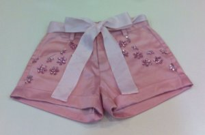 SHORTS BORDADO PEDRAS ANIMÊ