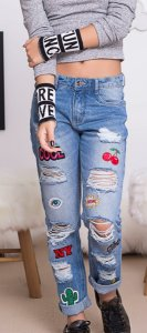 CALÇA JEANS DESTROYD PATCHES PERFUMARIA
