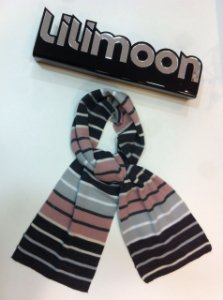 CACHECOL EM TRICOT LILIMOON