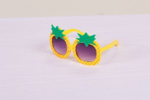 Óculos de sol abacaxi Mon Sucré