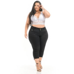 Calça Jeans Xtra Charmy Plus Size Capri Soninha Preta