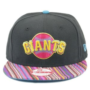 Boné New Era 9Fifty SF Giants Trans Traveler Strapback