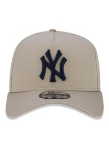 Boné New Era 9Forty New York Yankees A-Frame Bege Snapback Aba Curva