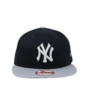 Boné New Era 9Fifty New York Yankees Logo Luster Snapback