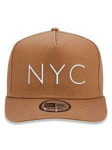 Boné New Era 9Forty NYC Kaki A-Frame Snapback Aba Curva